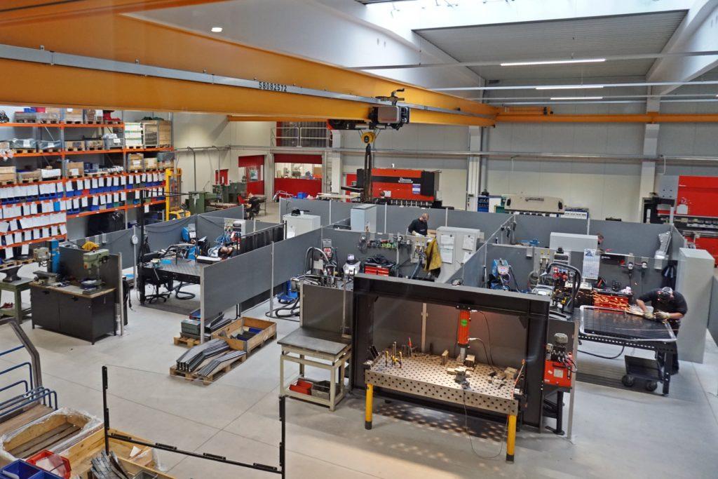 Die moderne, neue Werkstatt der MEOS GmbH in Kiel-Melsdorf.